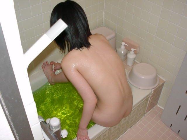 お風呂 家庭内 浴室 エロ画像【33】