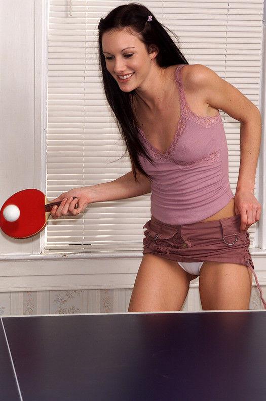 外国人 卓球 セクシー ピンポン エロ画像【9】