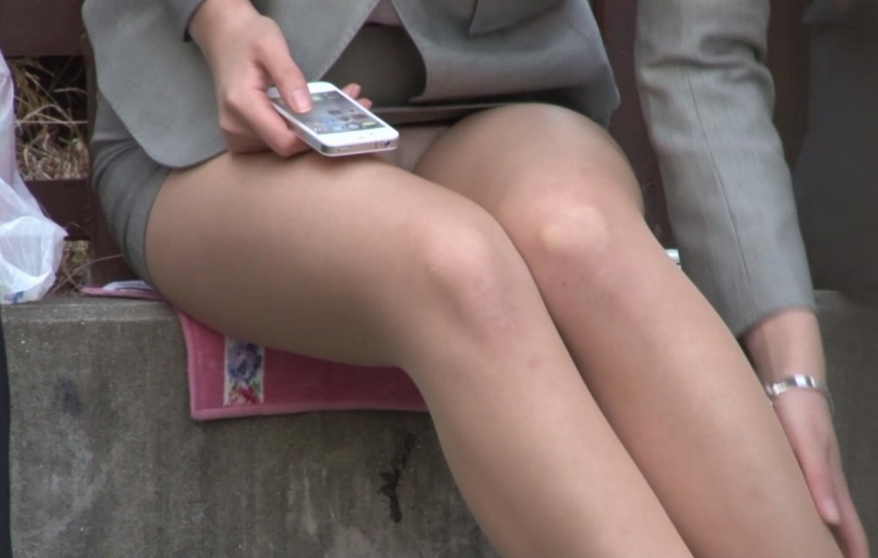 OL 座りパンチラ エロ画像【38】