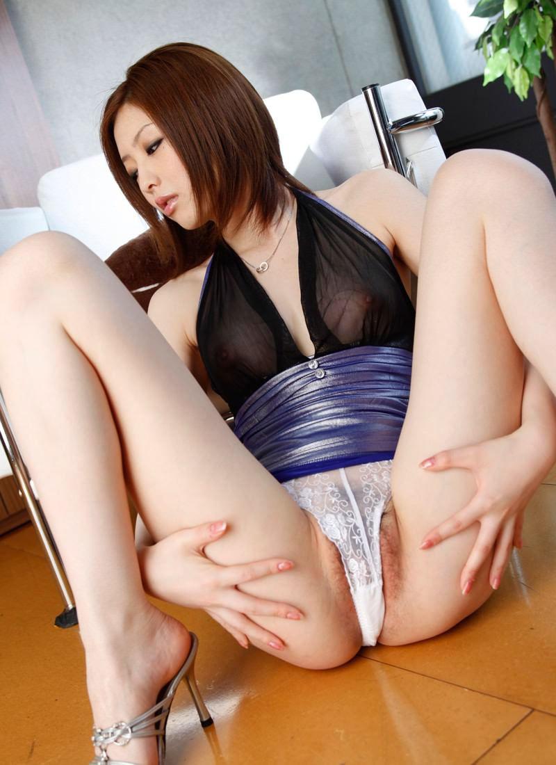 美女 マン毛 ハミ毛 美人 エロ画像【22】