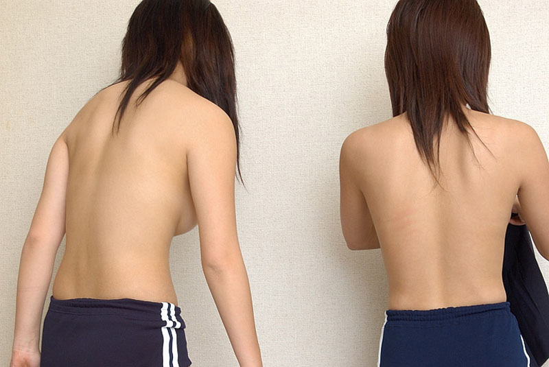ブルマ一丁 上半身 裸 体操服 トップレス エロ画像【5】