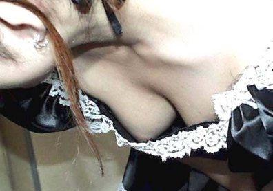 コミケ 乳首 乳輪 ハプニング ポロリ コスプレイヤー エロ画像【8】