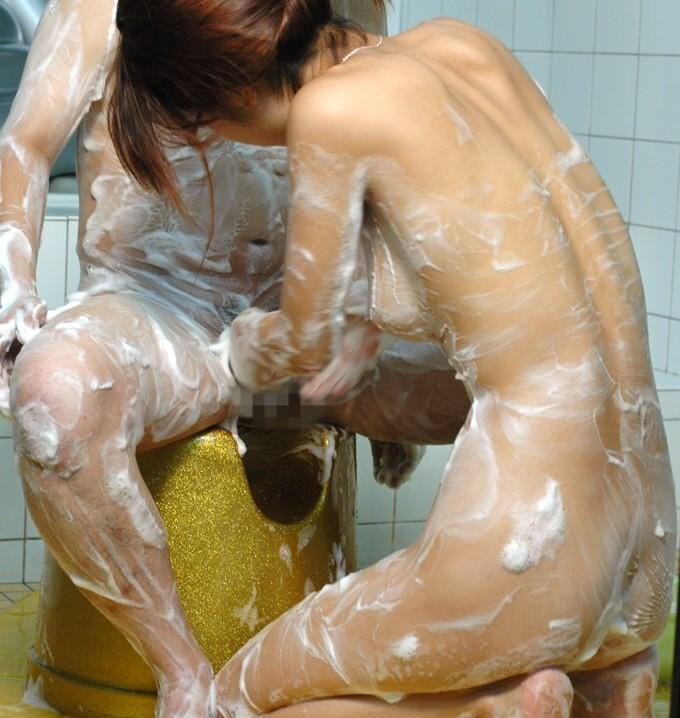 男女 体 洗いっこ 洗体 エロ画像【31】