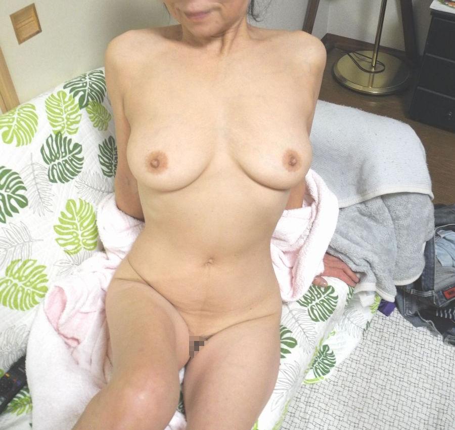 ババア 婆さん 全裸 おばあちゃん ヌード エロ画像【12】