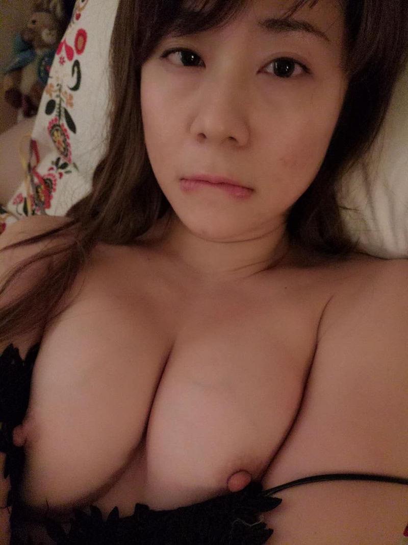 アジア 中国 韓国 おっぱい ポロリ エロ画像【6】