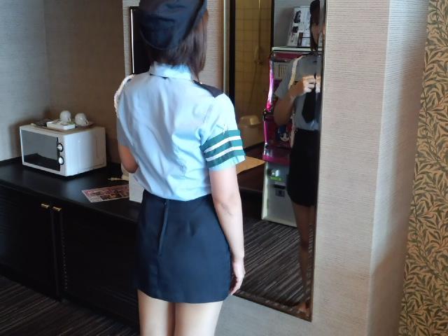 ホテル コスプレ 衣装 着替え 途中 エロ画像【5】