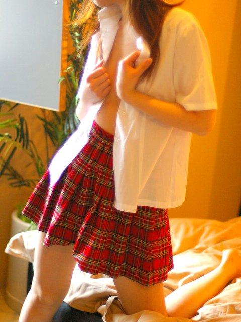ホテル コスプレ 衣装 着替え 途中 エロ画像【10】