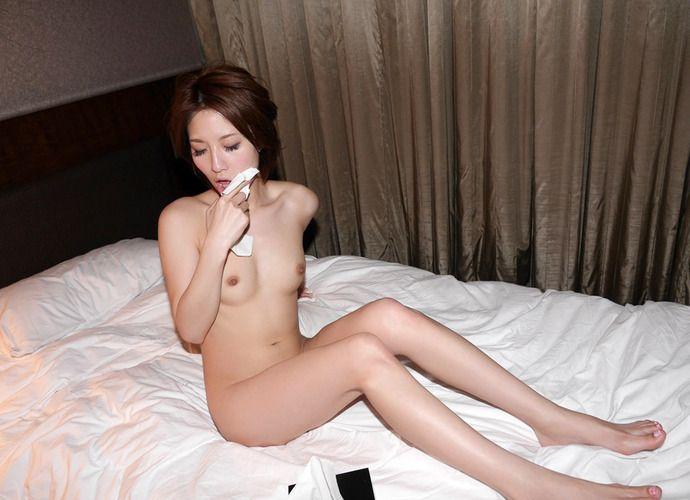 ティッシュ箱 全裸女性 ヌード エロ画像【10】