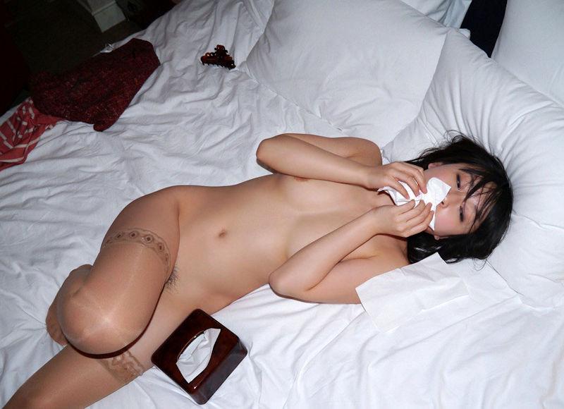 ティッシュ箱 全裸女性 ヌード エロ画像【31】