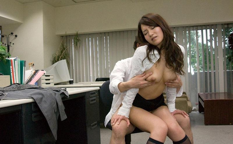 OL 会社 セックス 職場 エロ画像【51】