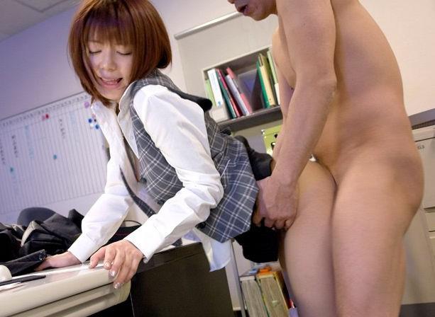 OL 会社 セックス 職場 エロ画像【69】