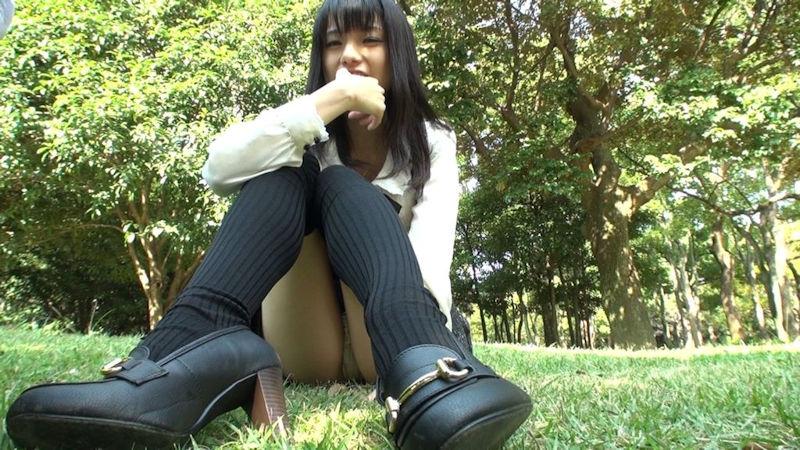 女子高生 パンチラ 黒髪 JK エロ画像【27】