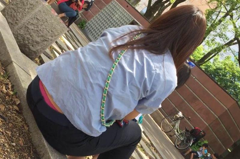 子連れ ママ パンチラ 公園 人妻 エロ画像【38】