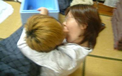 強引なキス!女の唇を無理矢理奪うエロ画像 ②