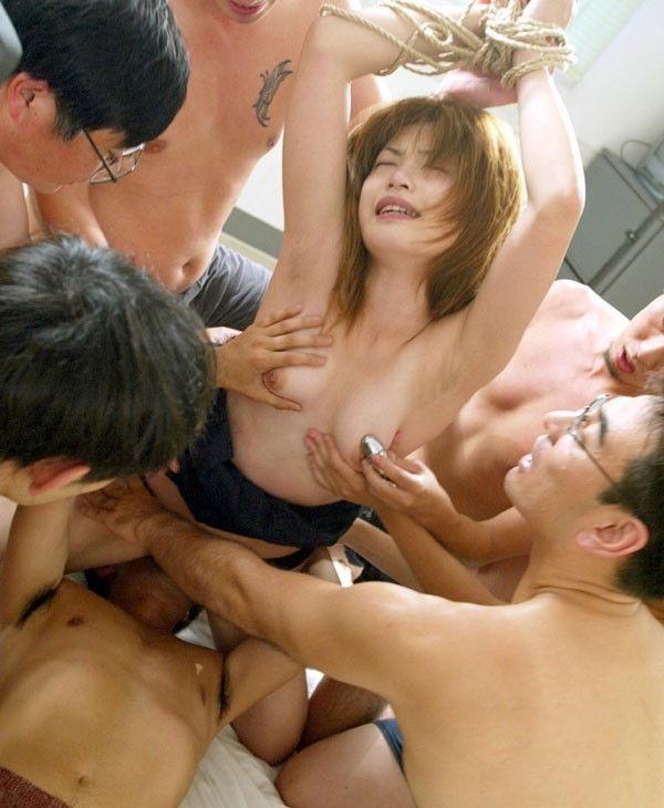 強姦 輪姦 無理矢理 ヤラれる レイプ エロ画像【36】