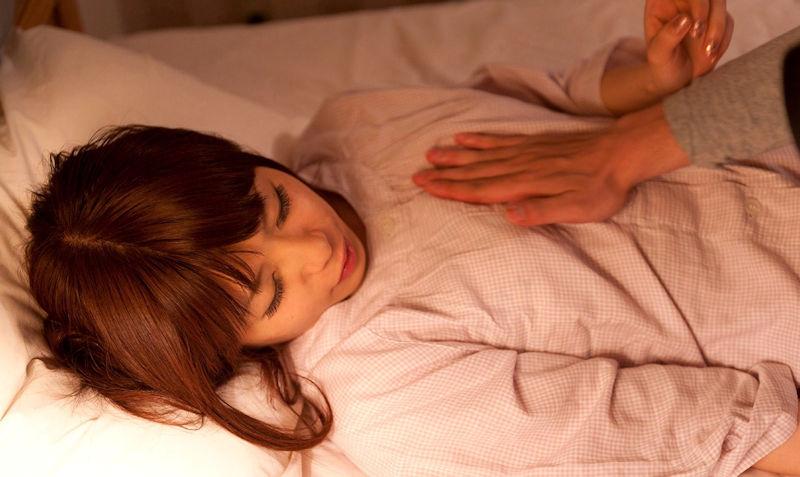 寝巻き 夜這い パジャマ セックス エロ画像【1】