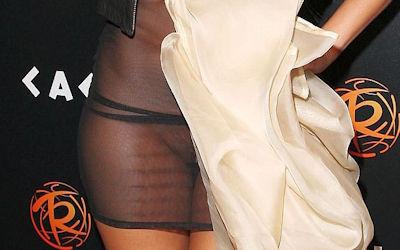 セレブや女優が透け透けなシースルードレスのエロ画像 ②
