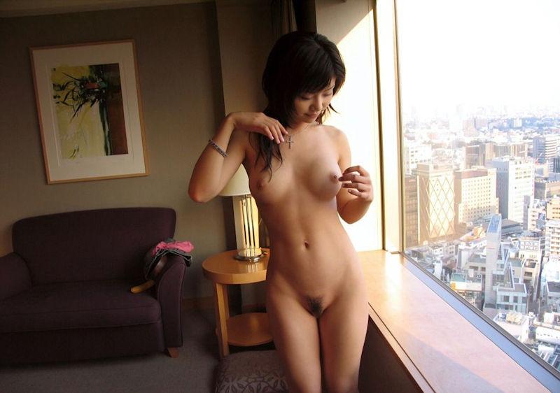 脱いだばかり セックス直前 ホテル 全裸 エロ画像【3】