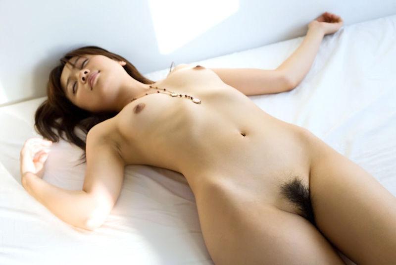 寝顔 寝姿 可愛い 居眠り 美女 エロ画像【29】