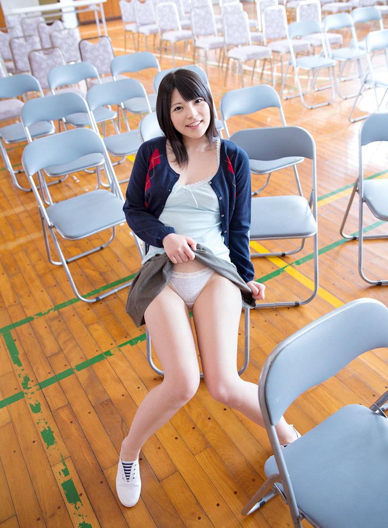 ミニスカ 美女 美脚 パンチラ エロ画像【5】