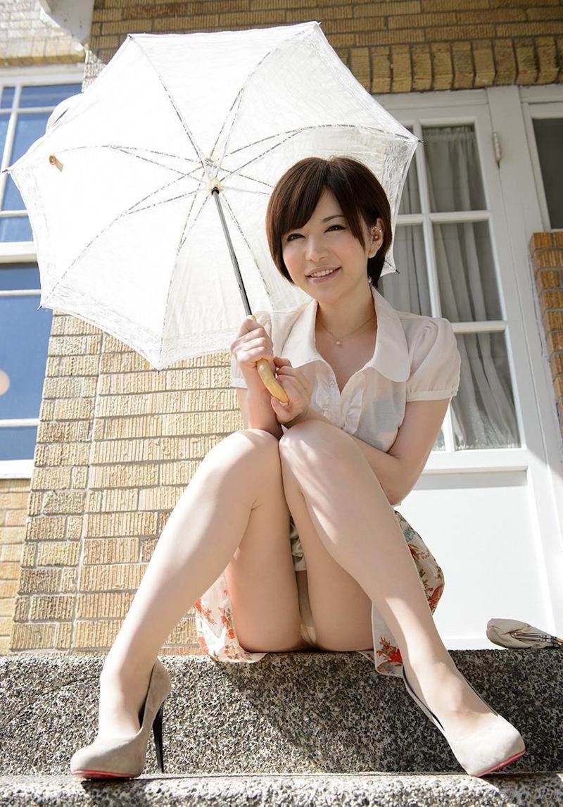 ミニスカ 美女 美脚 パンチラ エロ画像【24】