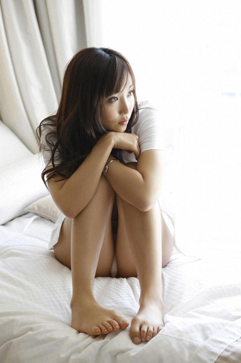 ミニスカ 美女 美脚 パンチラ エロ画像【26】