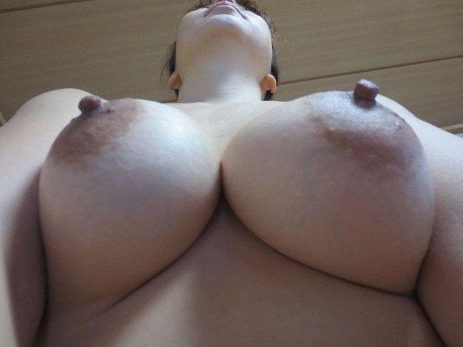 外国人 勃起乳首 エロ画像【61】