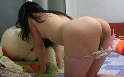 デカ尻貧乳というおっぱいの割にお尻が大きいエロ画像 ①