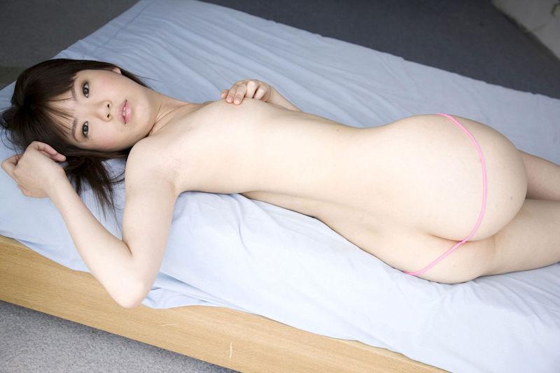 デカ尻 貧乳 おっぱい お尻 大きい エロ画像【19】