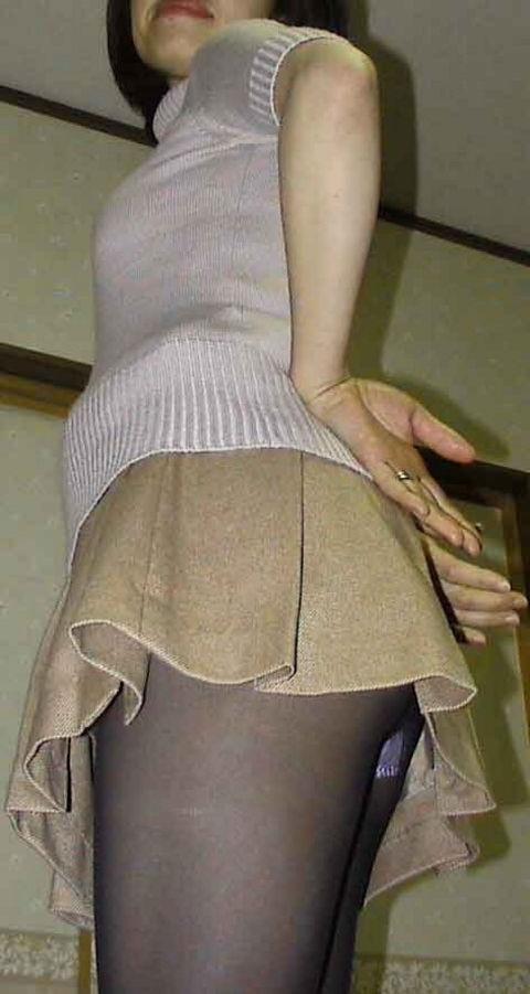 おばちゃん パンチラ ミニスカ 熟女 エロ画像【17】