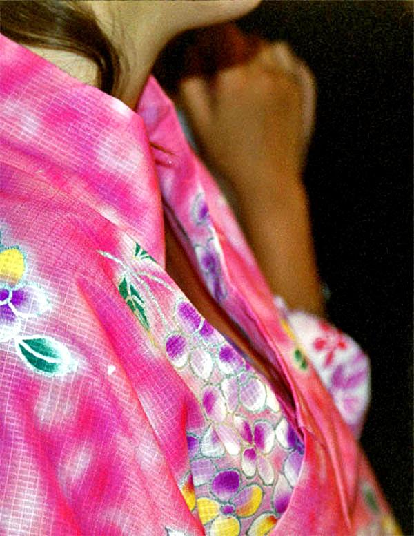 お祭り 胸チラ 日本の夏 エロ画像【19】