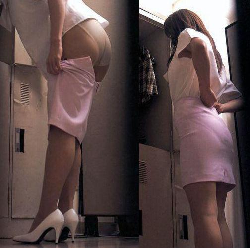 OL パンスト お尻 スカート 脱ぎかけ エロ画像【30】