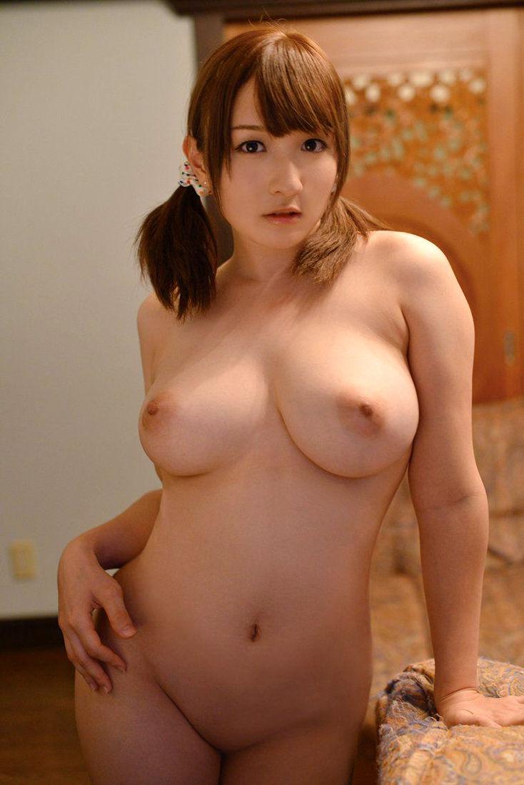 パイパン 巨乳 全裸 ヌード エロ画像【10】