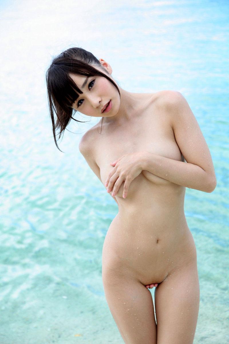 パイパン 巨乳 全裸 ヌード エロ画像【21】