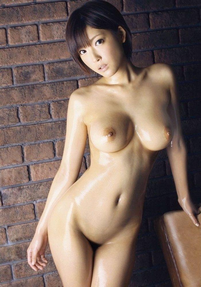 パイパン 巨乳 全裸 ヌード エロ画像【36】