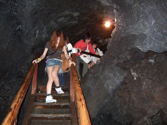 パンツ 下りる 階段パンチラ エロ画像【6】