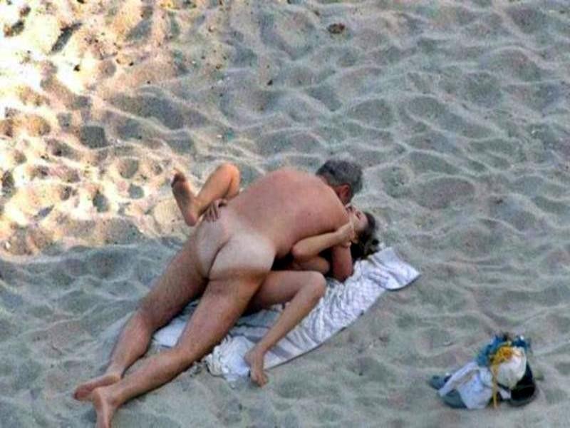 セックス ヌーディストビーチ エロ画像【2】