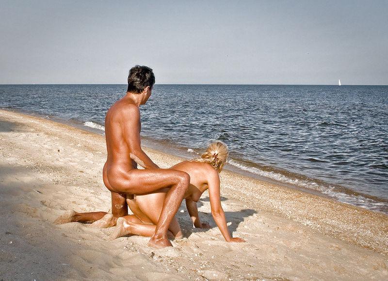 セックス ヌーディストビーチ エロ画像【35】