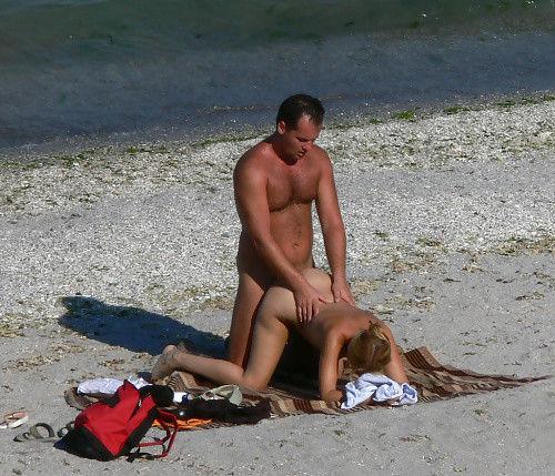 セックス ヌーディストビーチ エロ画像【67】