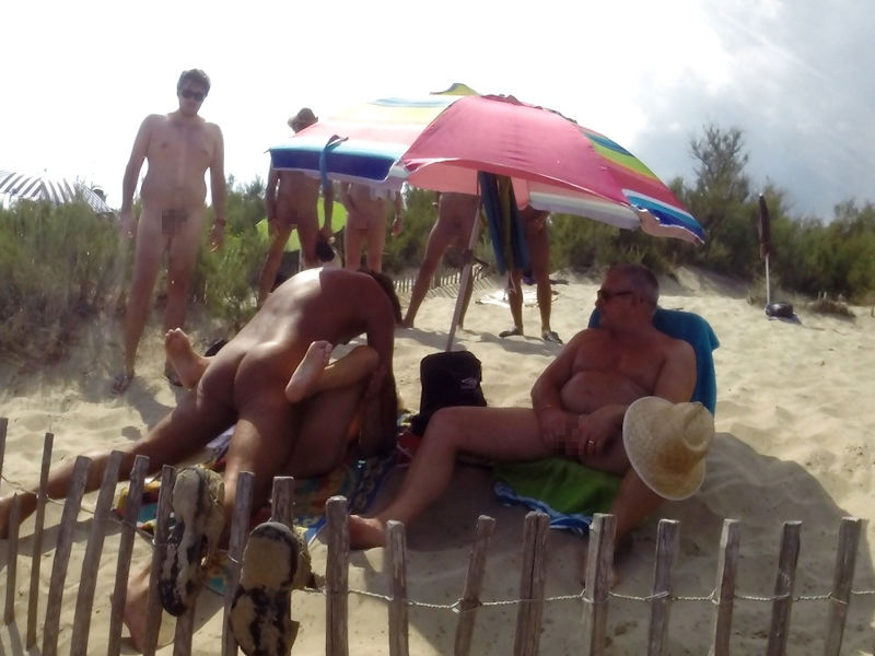 セックス ヌーディストビーチ エロ画像【78】