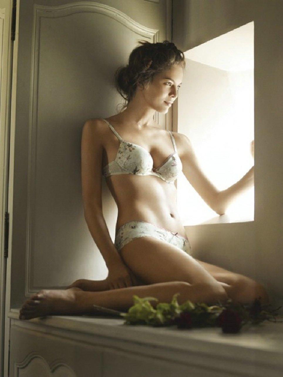 下着 美女 外国人 ランジェリー モデル エロ画像【5】