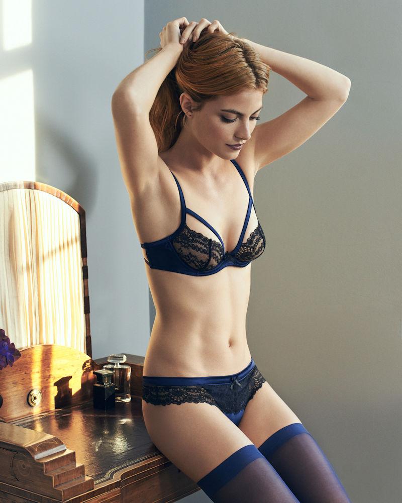 下着 美女 外国人 ランジェリー モデル エロ画像【25】