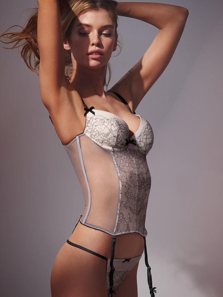 下着 美女 外国人 ランジェリー モデル エロ画像【29】
