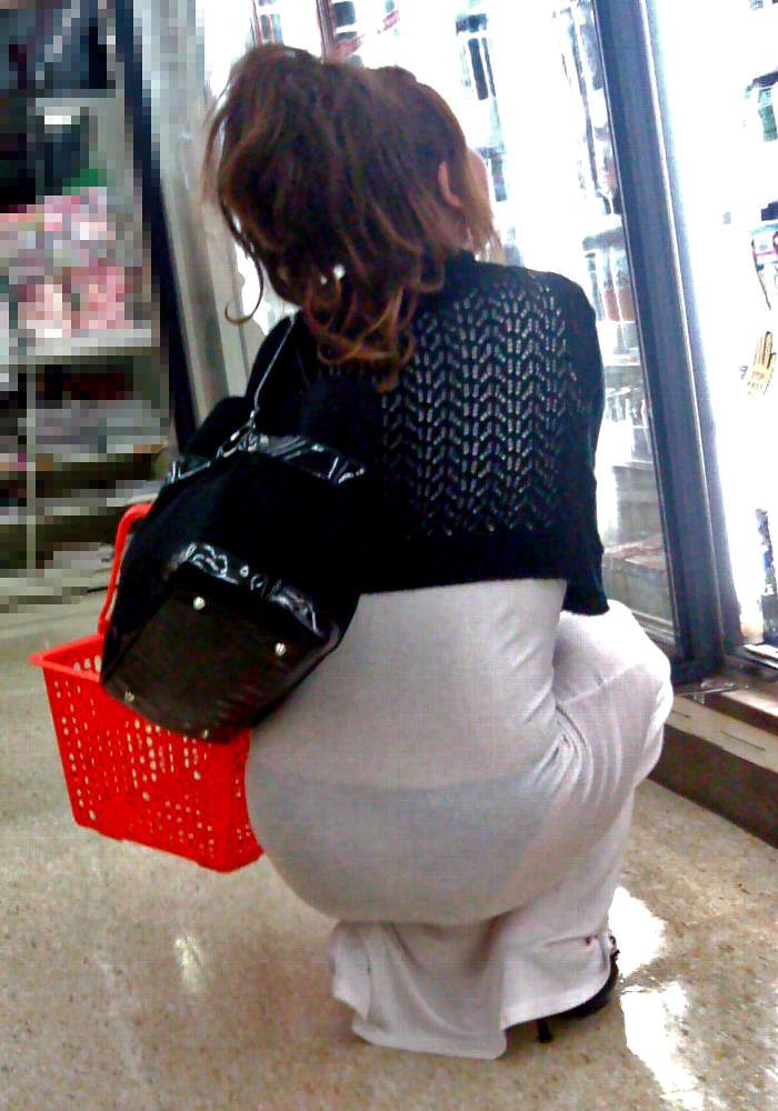 コンビニ 店内 透けパン 透けブラ 買い物客 エロ画像【6】