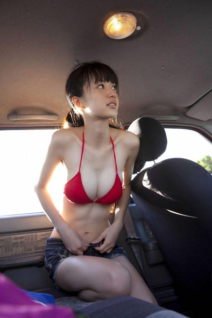 スレンダー 巨乳 美女 イイ体 イイ女 エロ画像【6】