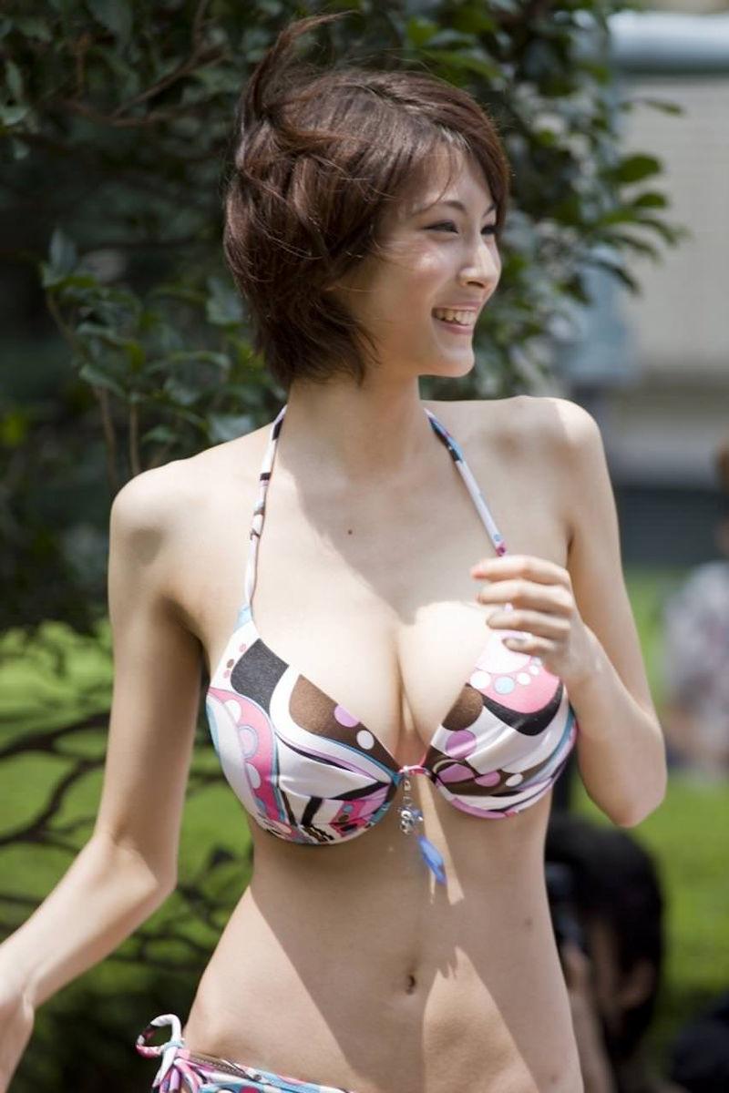 スレンダー 巨乳 美女 イイ体 イイ女 エロ画像【42】