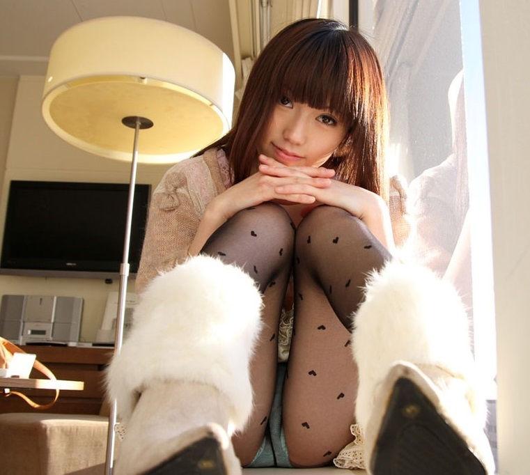 ぱっつん 前髪 可愛い 姫系 美女 エロ画像【2】