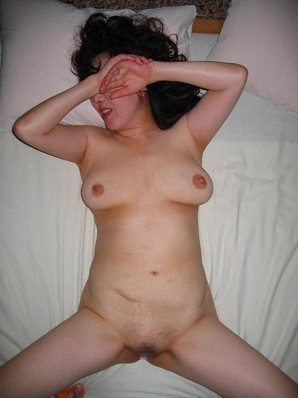 人妻 熟女 寝乳 仰向け おっぱい エロ画像【33】