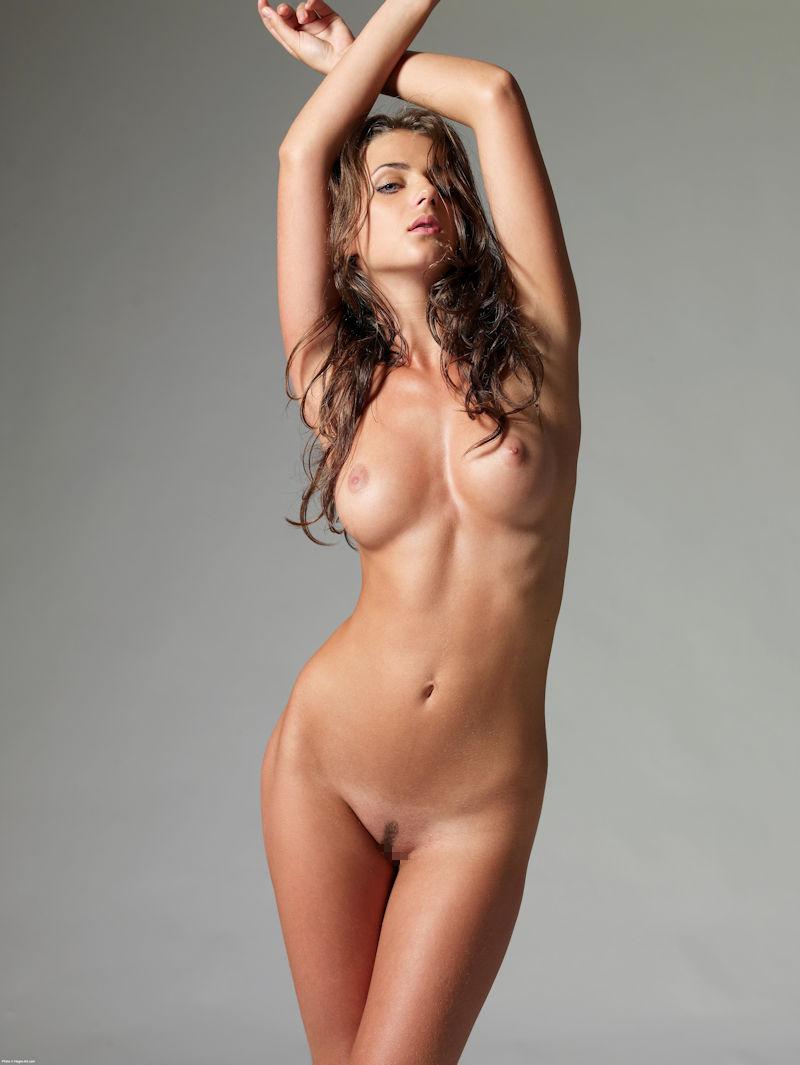 両腕上げ 外国人 美女 ワキ おっぱい エロ画像【41】