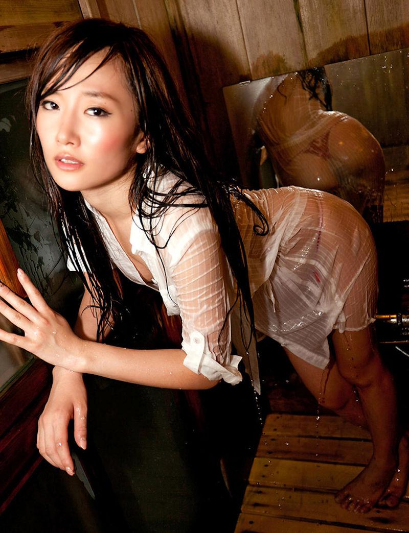 制服 びしょ濡れ OL 着衣 濡れ透け エロ画像【12】